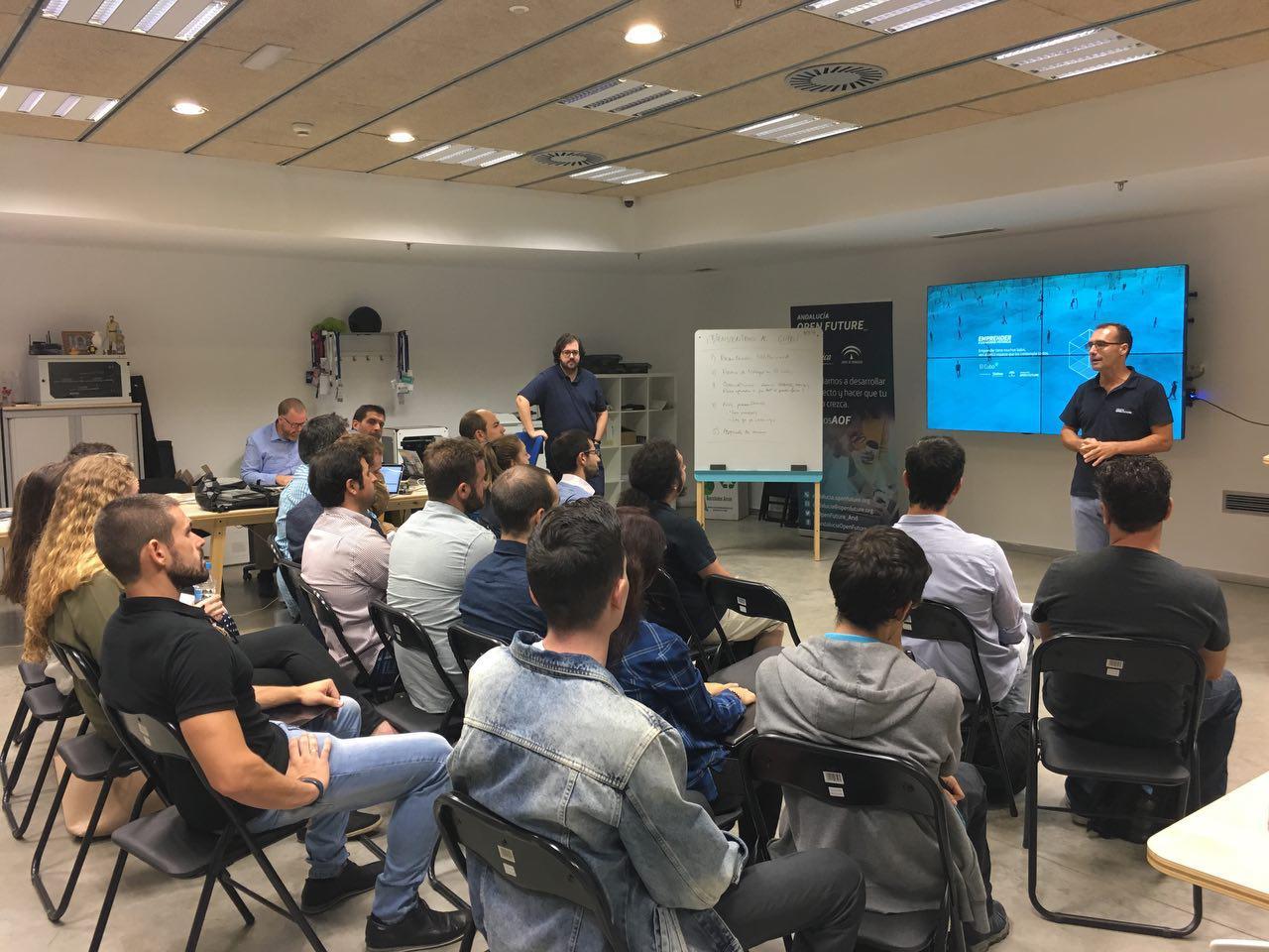 Presentación de las startups en El Cubo