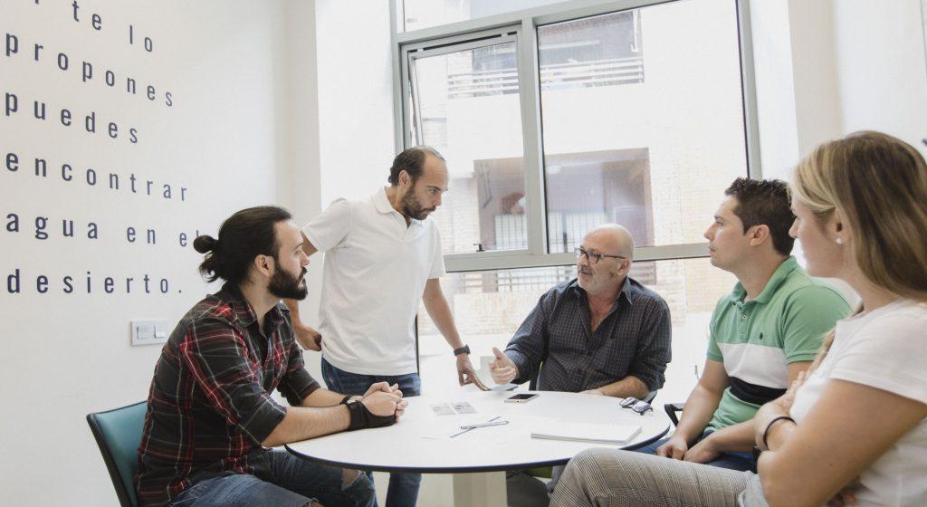 Emprendedores y mentores El Cable
